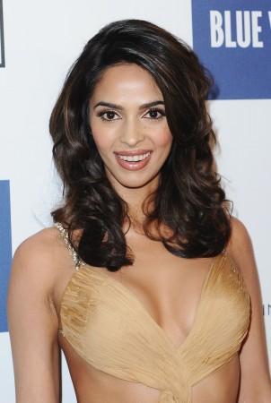 Bollywood Stars sexy Videos