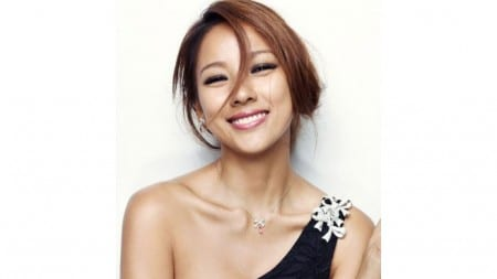 2.Top 10 Sexiest and Hottest Kpop Stars